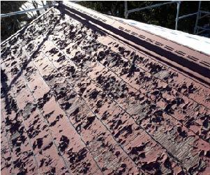 屋根材の塗装の剥がれ