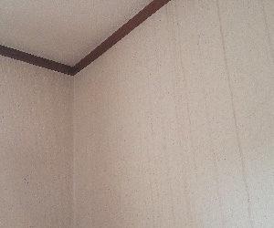 壁からの雨漏り