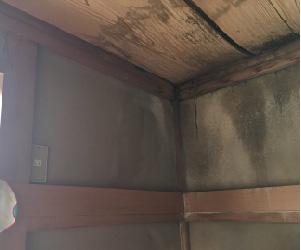 天井の板材の落下